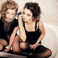 Mit Csinálnak a Lányok a Fürdőszobában?