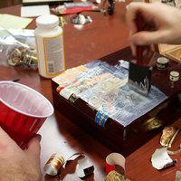 Így díszítheted ki a kis asztali humidorodat szivargyűrűkkel