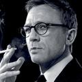 Így dohányzik Daniel Craig