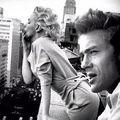 Marilyn Monroe Bájosan Füstölög
