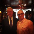 Bill Clinton a New Yorki Cigar Inn.ben