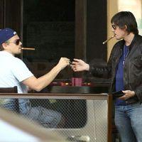 Hollywoodi világsztárok akik szivaroznak - Leonardo DiCaprio