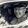 Heinrich Himmler Szivarozik