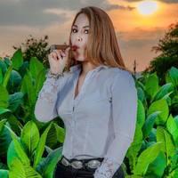Karen Berger - Don Kiki Cigars