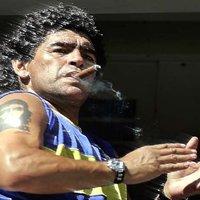 Szivarozó világsztárok - Diego Maradona