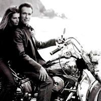 Motor és Szivar - Arnold Schwarzenegger