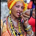 Havannai turistalátványosságok ezek a köztereken szivarozó öregasszonyok