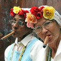 Kubai látványosságok - Szivarozó nők Havanna belvárosában