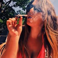 @splitsandsticks - cigar lady - Janelle