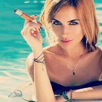 Beatriz Calis - Cigar Model