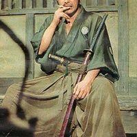 Toshiro Mifune - A Japán Szamuráj aki dohányzik