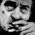 Hollywoodi sztárok szivaroznak ezeken a festményeken