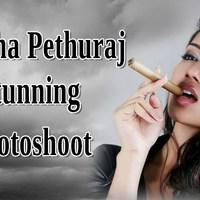 Így szivarozik Nivetha Pethuraj indiai manöken és filmszínésznő