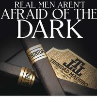 Az igazi Férfi nem fél a Sötétben(től:)