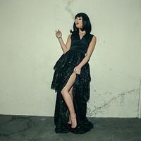 Demi Lovato Szivarozik és Cigarettázik
