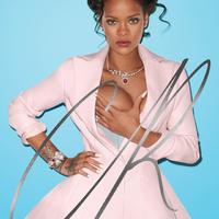 Rihanna szivarozik és a mellét fogdossa