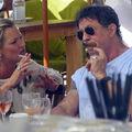 Hollywoodi sztárok akik szivaroznak - Sylvester Stallone