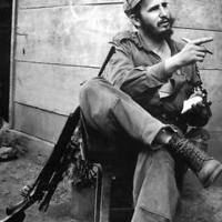 Néhány ritkábban látható szivaros fotó Fidel Castróról
