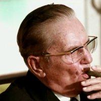 A szivarimádó Josip Broz Tito