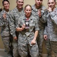 Katonaság - Szivarozó katonák