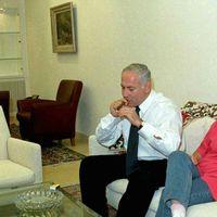 Benjamin Netanjahu a kubai szivarokat kedveli