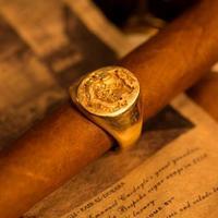 Szivar Emblémás Cartier Arany Gyűrű