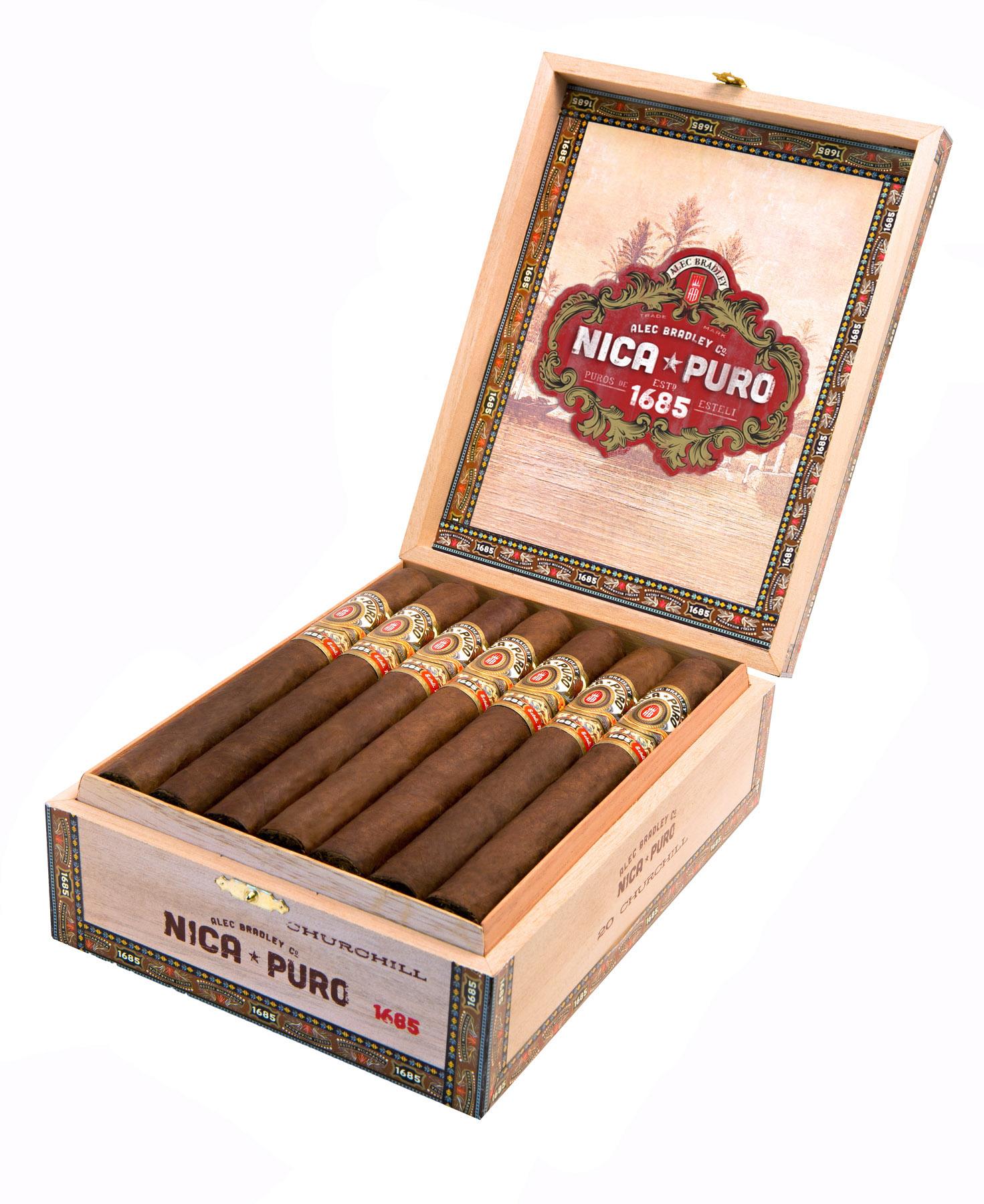 alec_bradley_cigars_cigarmonkeys_1.jpg