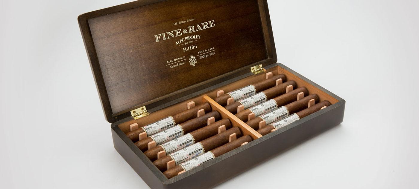alec_bradley_cigars_cigarmonkeys_2.jpg