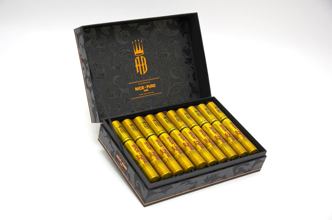 alec_bradley_cigars_cigarmonkeys_6.jpg