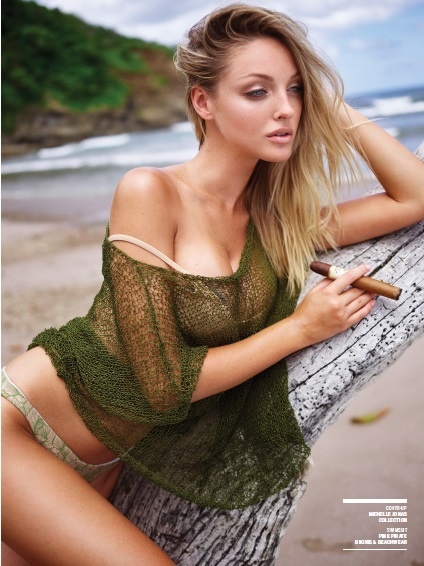 bikini_cigar_lady_cigarmonkeys_13.jpg