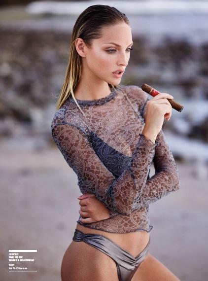 bikini_cigar_lady_cigarmonkeys_2.jpg