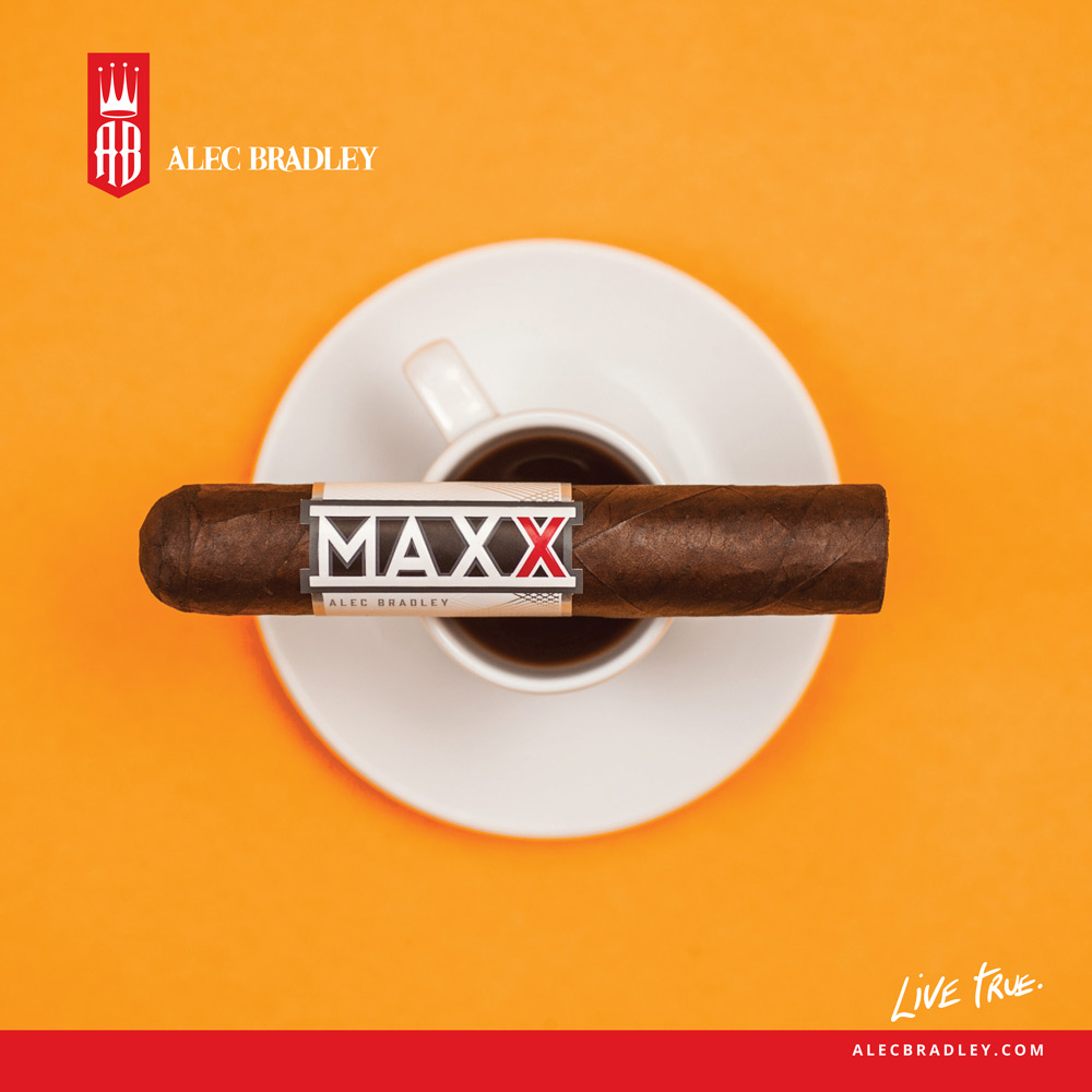 cigarmonkeys_com_alec_bradley_-canvas_maxxespresso.jpg