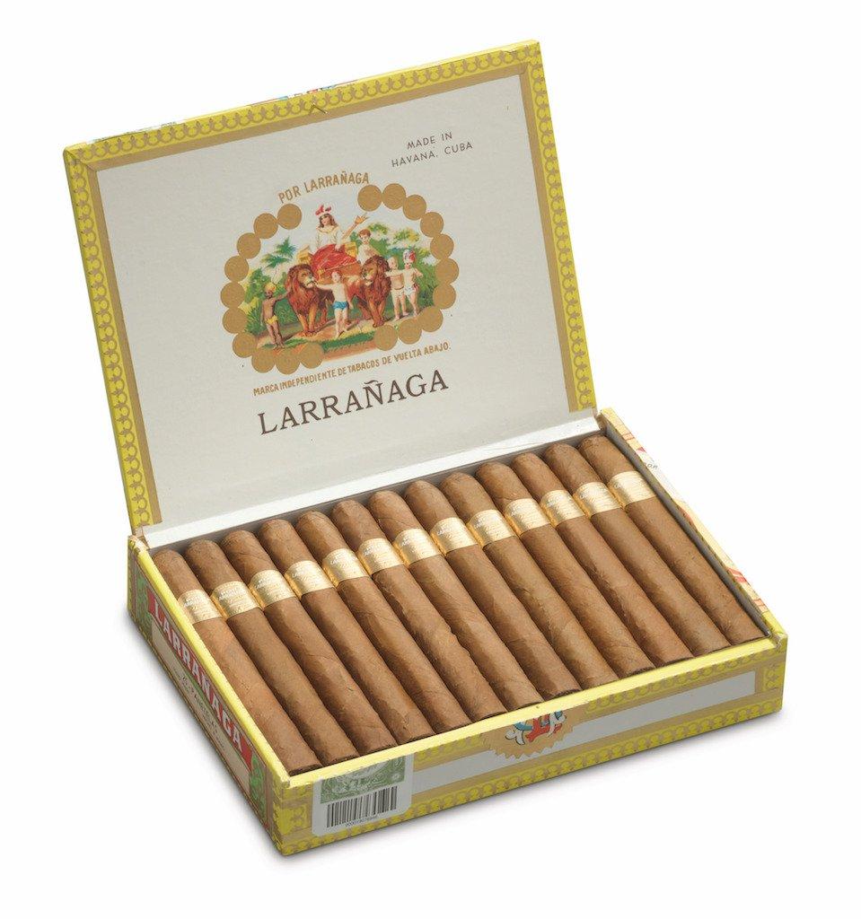 por_larranaga_panatelas_cigar_smoke_cigarmonkeys_3.jpg