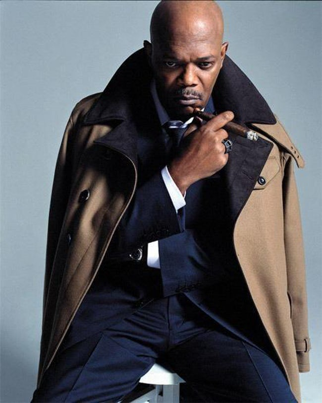 samuel_l_jackson_has_been_seen_smoking_cigars_in_films_and_on_screen.jpg