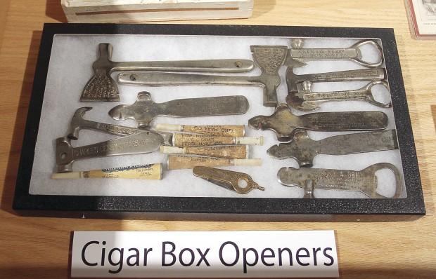 vintage_cigar_box_opener_hamer_cigarmonkeys_2.jpg