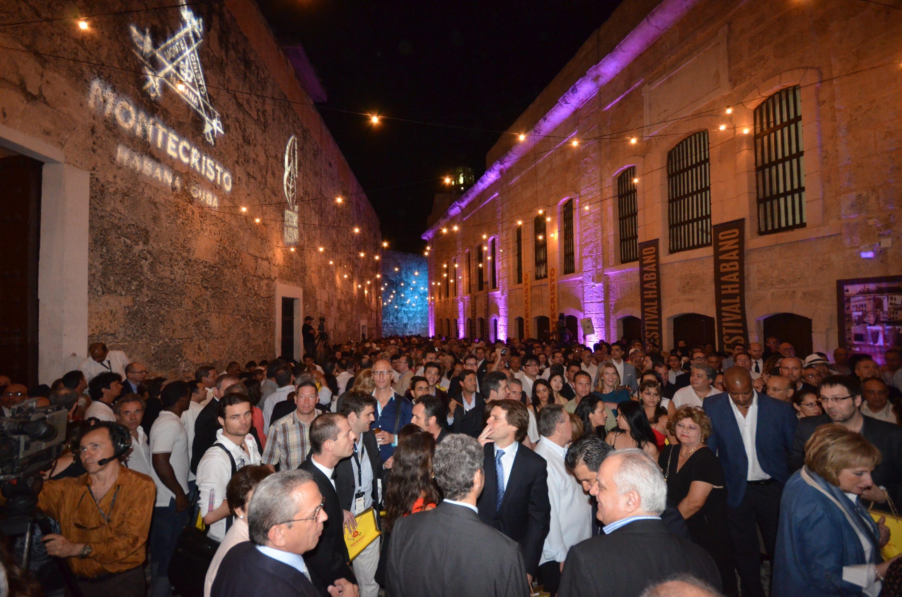 1noche_de_bienvenida_festival_del_habano.jpg
