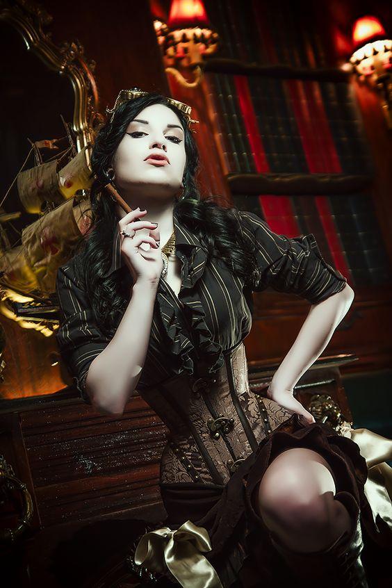a_steampunk_csajok_szivaroznak_2.jpg