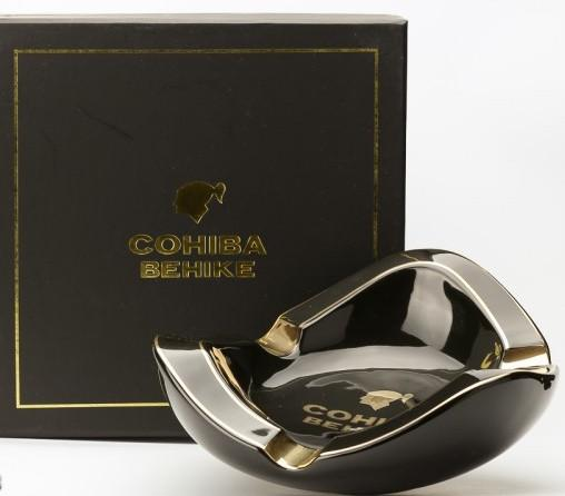 behike-cohiba-cigar-ashtray-oval_szivar_hamutarto_behike_cohiba_1.jpg