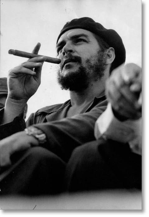 che_ernesto_che_guevara_cigar_szivarozas_szivar_9.jpg