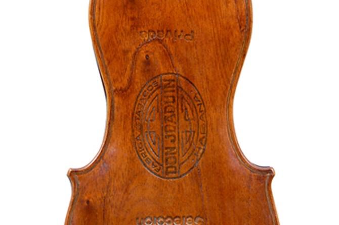 churchill-violin-2267ar-18-11-16.jpg