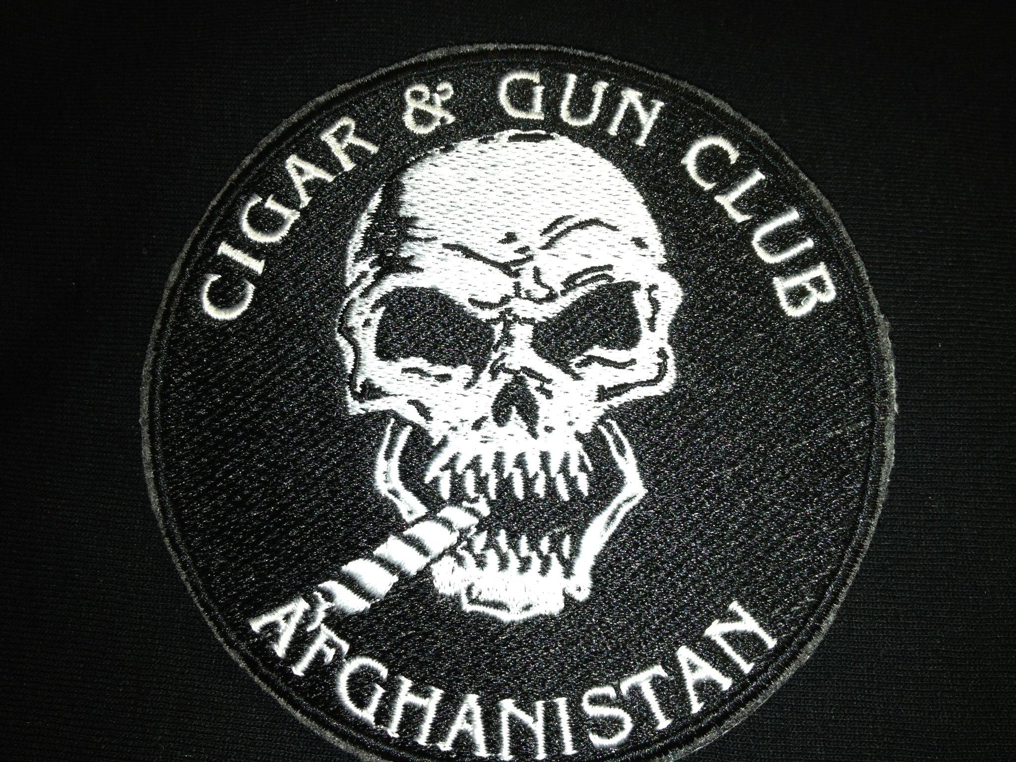 cigar-and-gun-club_szivarklub_szivarbaratsag_szivarblog.jpg