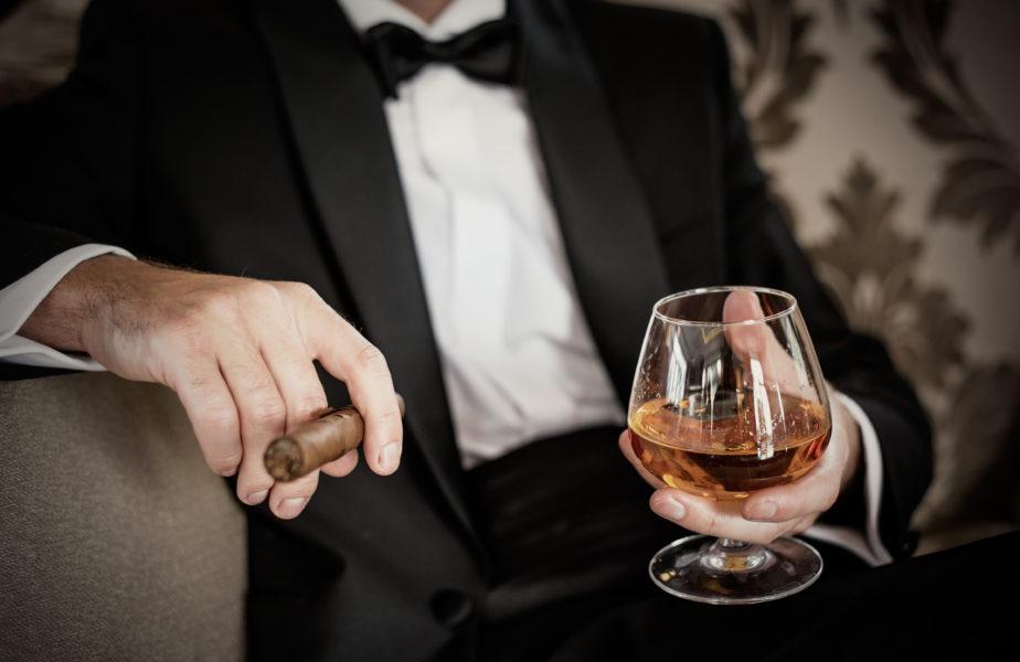 gentleman-cigar.jpg