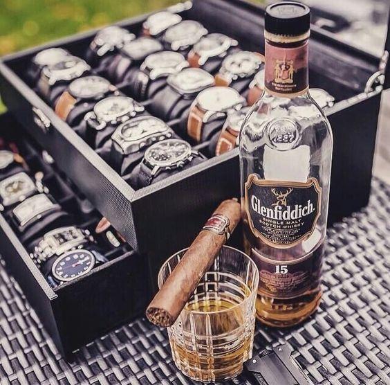 luxus_karorak_es_premium_szivarok_szivarozas_szivar_arak_kubai_szivarok_luxus_orak_cigarmonkeys_8.jpg