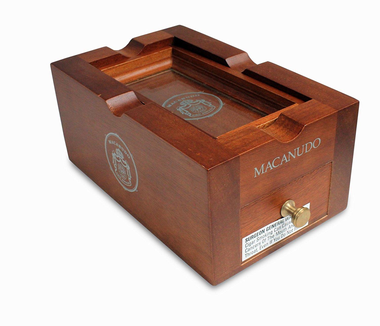 macanudo-cru-royale-ashtray-w-6-cigars-prod-shot_3.jpg
