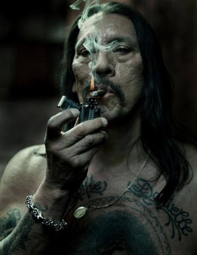 machete_actor_danny_trejo_has_been_seen_smoking_cigars_in_real_life_and_on_screen_cigarmonkeys_1.jpg