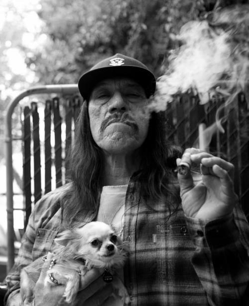 machete_actor_danny_trejo_has_been_seen_smoking_cigars_in_real_life_and_on_screen_cigarmonkeys_3.jpg