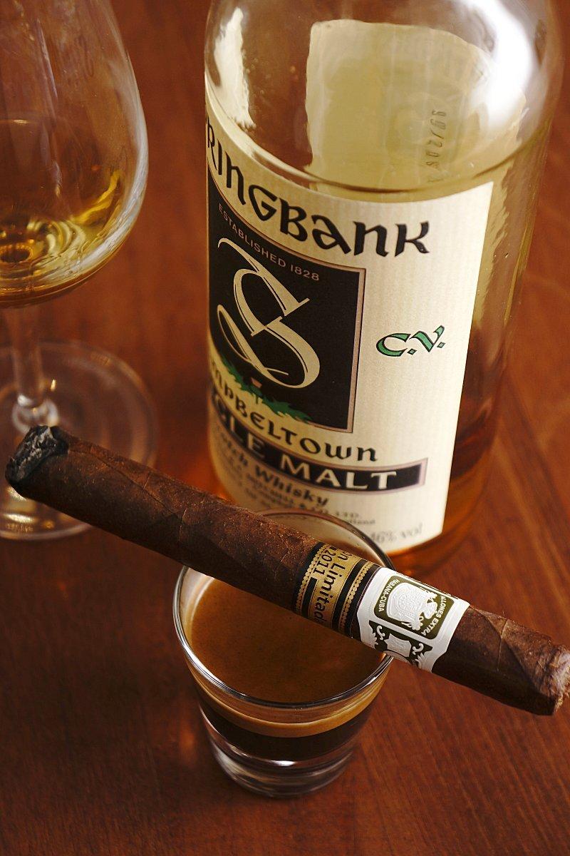 ramon_allones_allones_extras_edicion_limitada_2011_springbank_cv_circa_2000_bottling.jpg