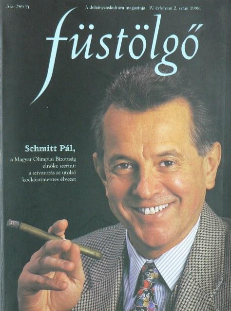 schmitt_pal_szivarozik.JPG