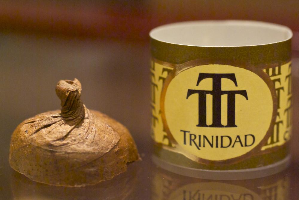 trinidad_cigar_coloniales_-cigarmonkeys_com_cigar_life_style_3.jpg