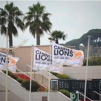 Cannes 2011 - Hajléktalan újságírók a luxusban